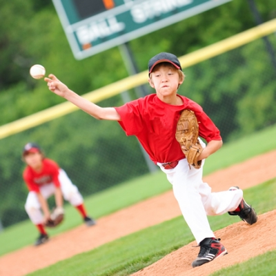 Shoulder and elbow pain in baseball and softball players: Three tips to keep your player on the field