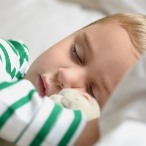 Help your kids get a good night's sleep when we 'spring forward'