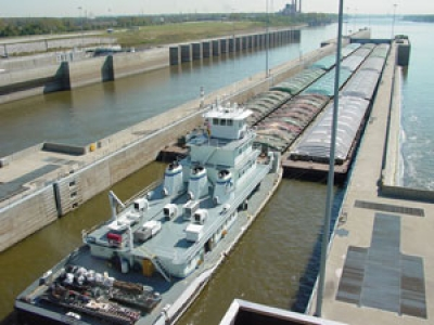 Tour a Working Dam and Learn About Rivers at Melvin Price Locks and Dam